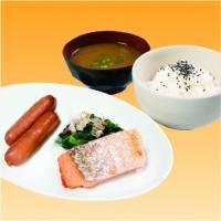 焼き鮭の朝定食